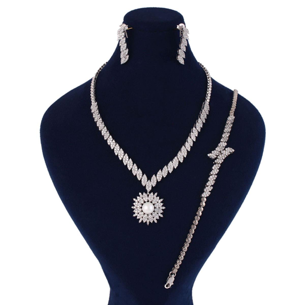 خرید سرویس نقره زنانه مدل لیوسا