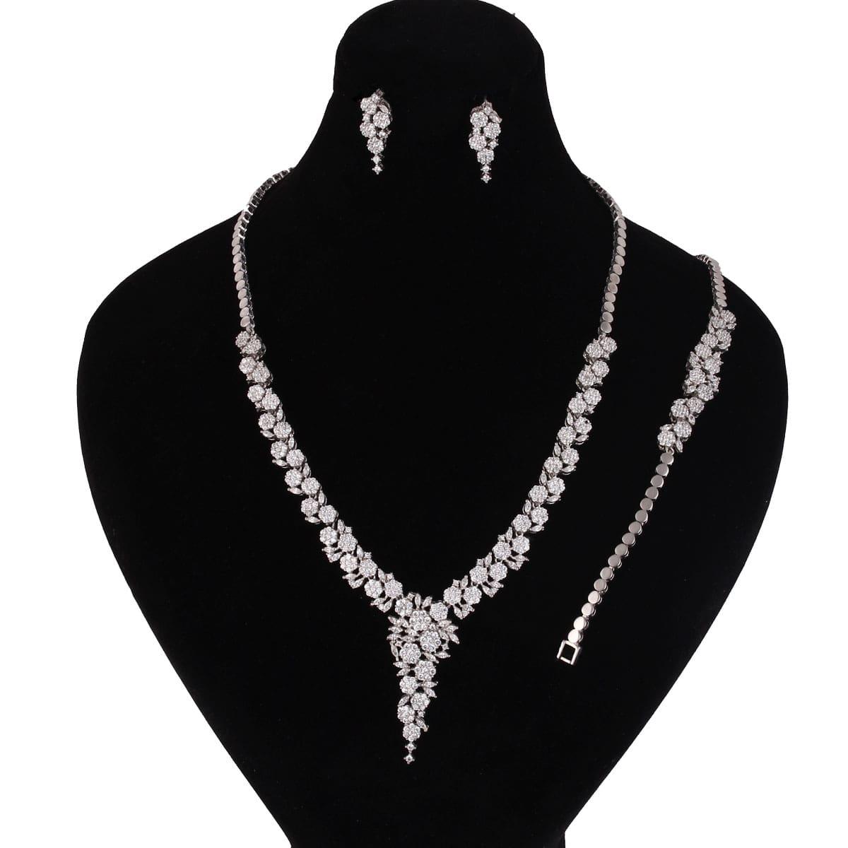 خرید سرویس نقره زنانه مدل لوییز